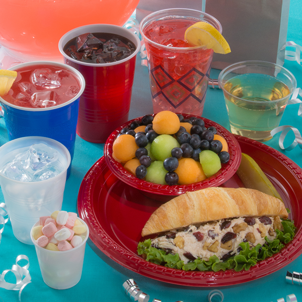 plastic party cups and dinnerware